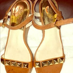 Size 5.5 MIchel Kors sandals